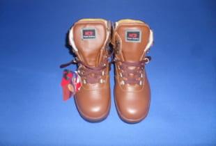Mua giày bảo hộ lao động Hàn Quốc GIÁ RẺ